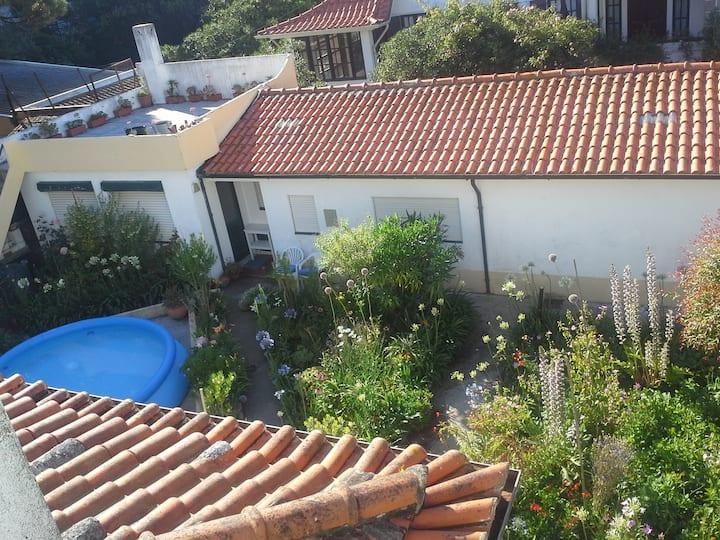 Casa Jardim (Garden House) Cha.
