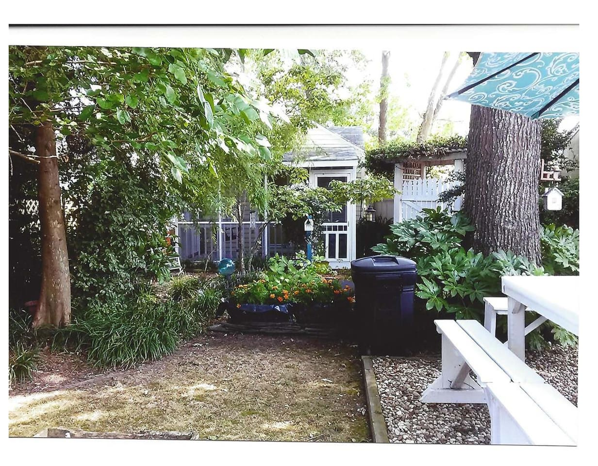 Baltic Place Garden Guest House - Houses for Rent in Virginia Beach ...