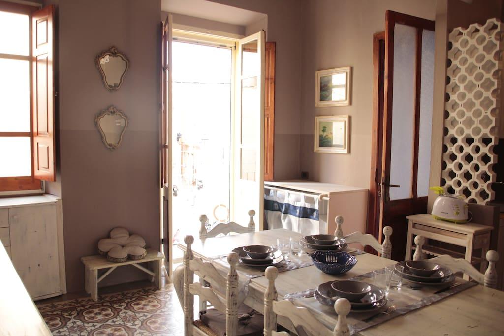 CASEDICARLOFORTE_Casa_Anthea_Carloforte_Sardegna_Zona_Giorno
