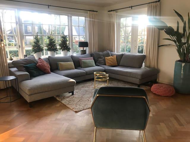 Luxe vrijstaande villa in Vught Noord te huur