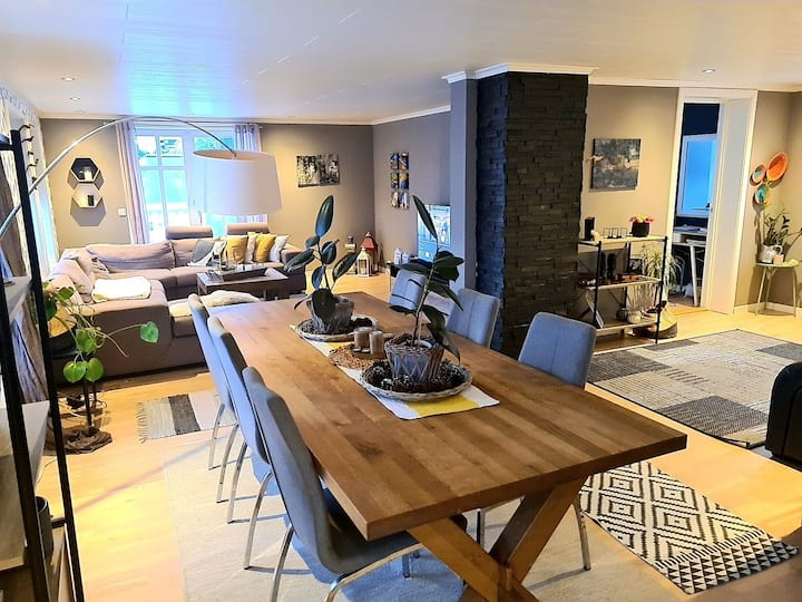 Beautiful home  near the ocean-  close to Ålesund.