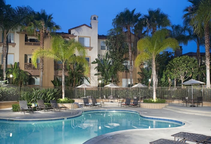 1 Bedroom, 20 mins to Laguna Beach - Mission Viejo - Apartamento