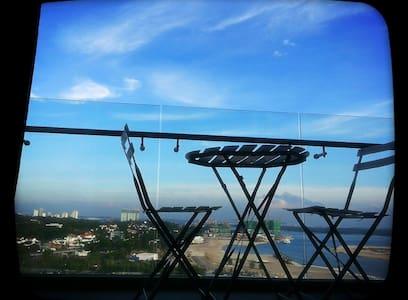 TROPEZ RESIDENCE:SEAVIEW 1 BR-SUITE - Johor Bahru