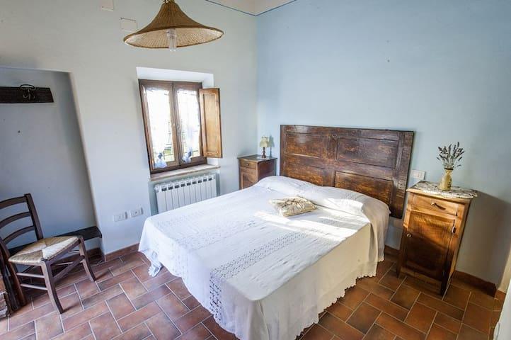 Casa nella campagna cortonese - Cortona (AR)