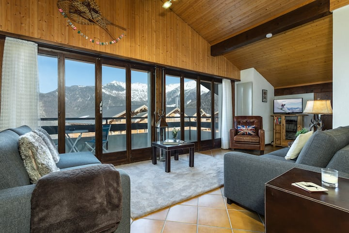 Penthouse 36 - at the entrance to the main ski lift