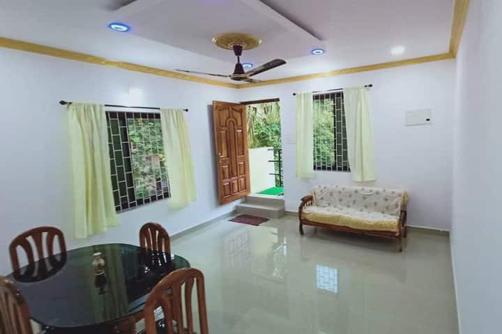 2 bedroom  new apartment, 3mins Patnem beach