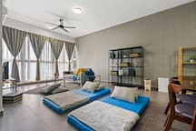 Modern Design And Spacious Apartment In KL City