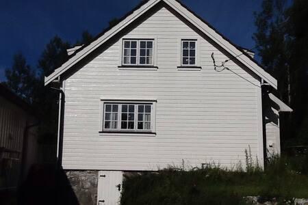 Koselig gjestehus 12 km fra Kragerø