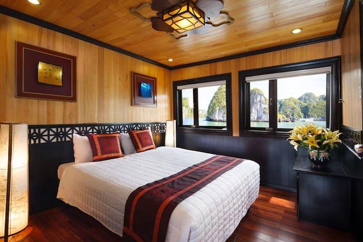 Premier Double cabin