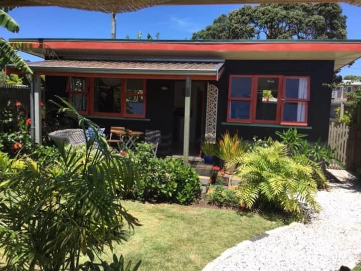 Beach front cottage in Kuaotunu.