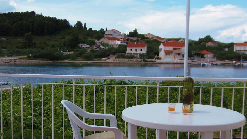 Lumbarda ROOM seaview - ADRIATIC -9 - Lumbarda - Bed & Breakfast