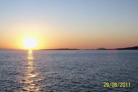 Athenian Riviera/Kavouri/beachfront - Vouliagmeni - อพาร์ทเมนท์