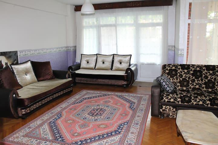 Istanbul Sea beach shopping 80 $ - Istambul - Apartamento