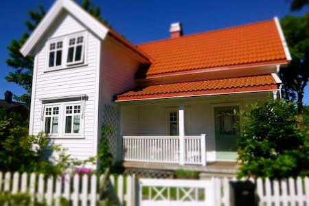 Beautiful house Tjøme – kayak, bikes, beach - Tjøme - Casa