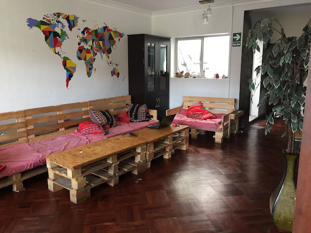 Co-living accommodation for15 peoples, Miraflores