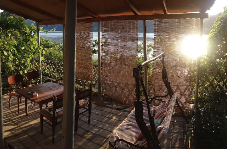 Great view on Danube's riverside, house floor rent