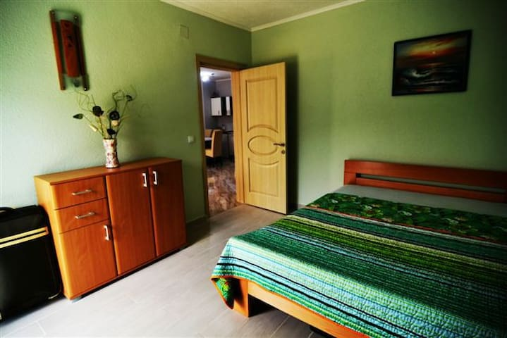 Апартаменты с кухней 2 спальни гост - Kunje - Villa