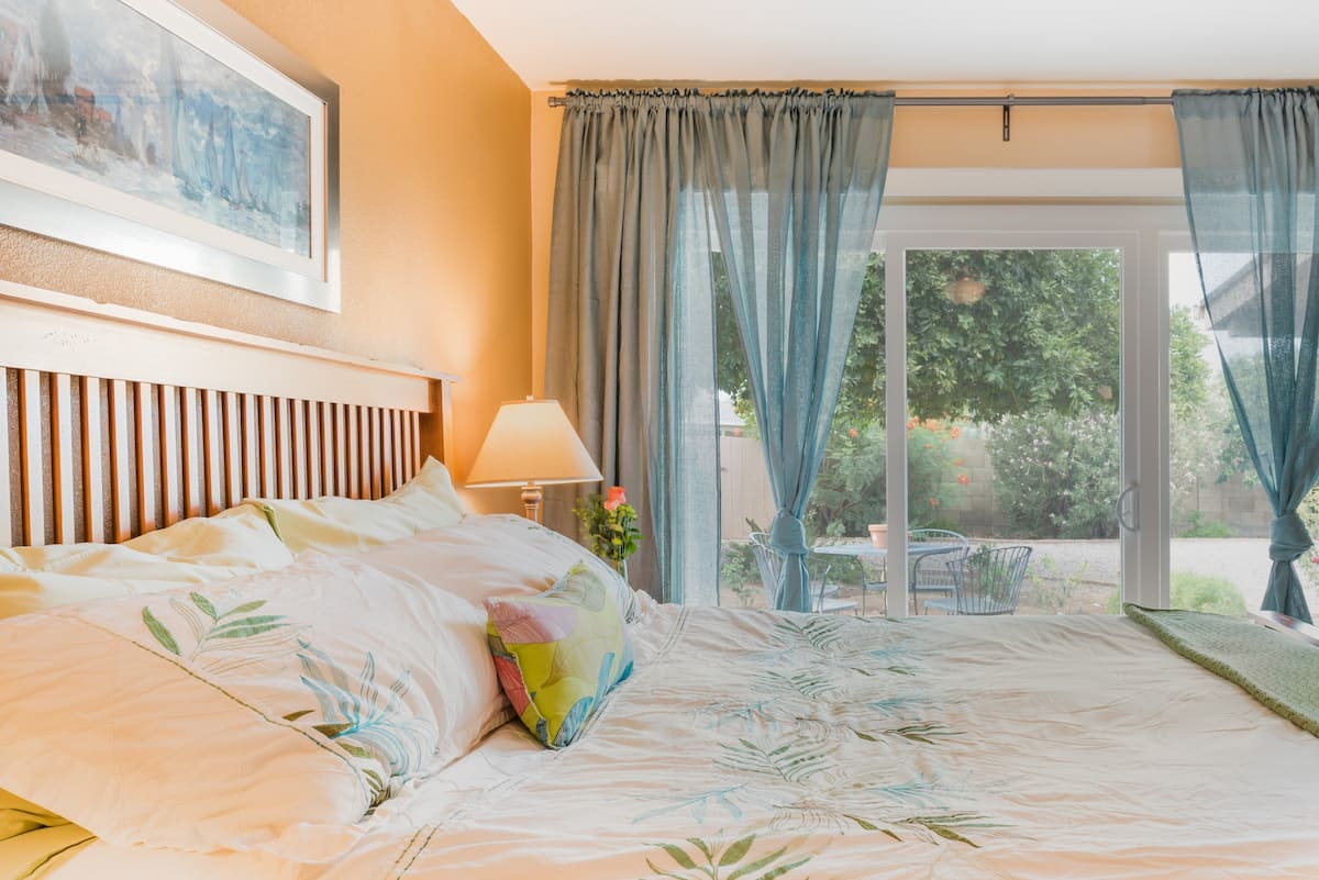 Wake up to Soothing Garden Views at a Zen Master Suite