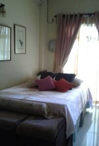 Ocean View Apartment Dehiwala - Dehiwala-Mount Lavinia