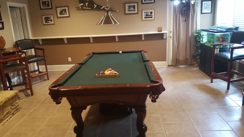 Welcome To Use Pool Table