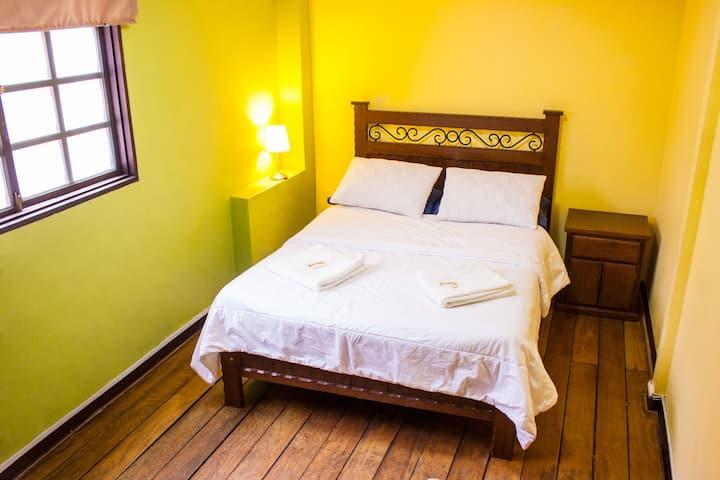 Matrimonial Room Miralofres