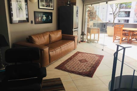 Apartamento Cobertura dúplex com conforto MORUMBI