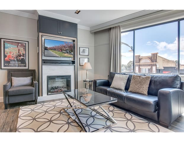 Head For The Hills At Charming Mountain Apartment
