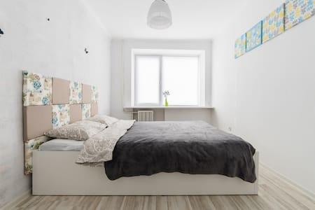 Апартаменты в тихом центре Минска - Minsk - Huoneisto