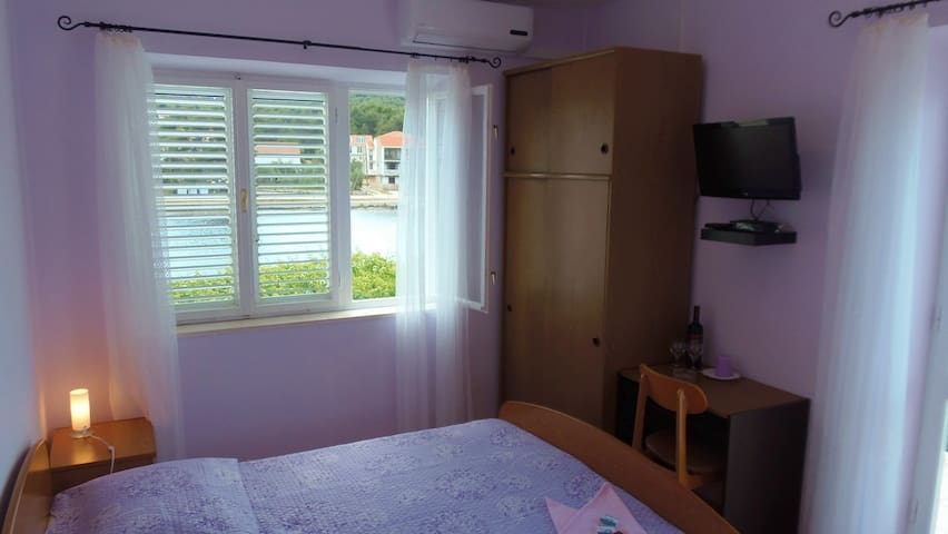 Lumbarda ROOM seaview - ADRIATIC -3 - Lumbarda - Bed & Breakfast