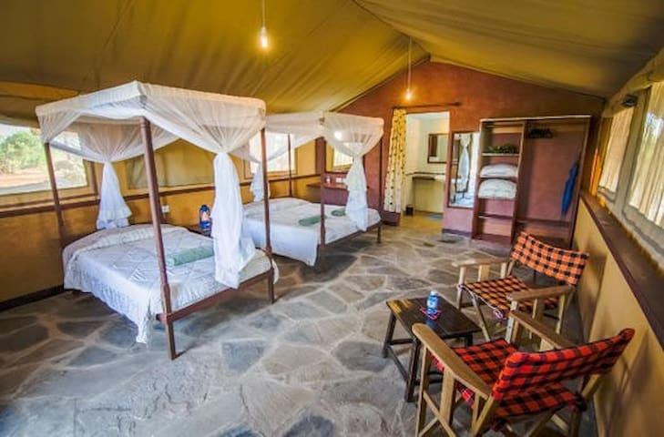 SENTRIM TSAVO SAFARI CAMP,KENYA