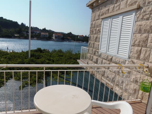 Lumbarda ROOM seaview - ADRIATIC -4 - Lumbarda - Bed & Breakfast