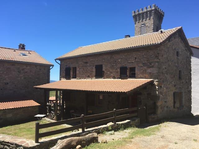 Maison en pierres en Ardèche / Ardèche stone house