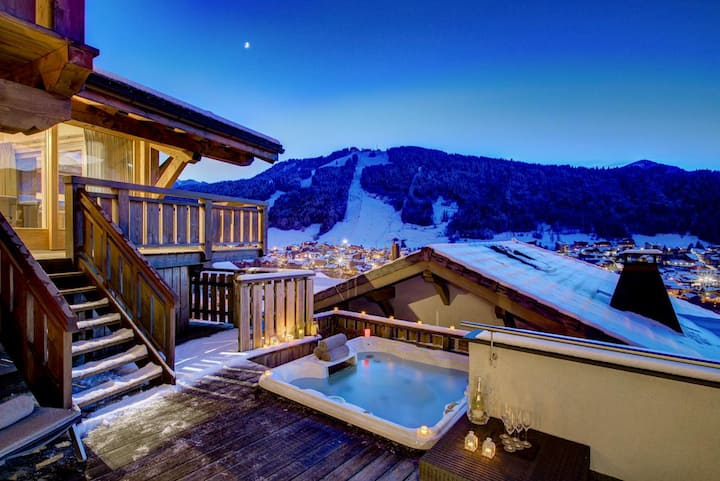 Gorgeous Chalet with Stunning Mountain Valley Views in Morzine