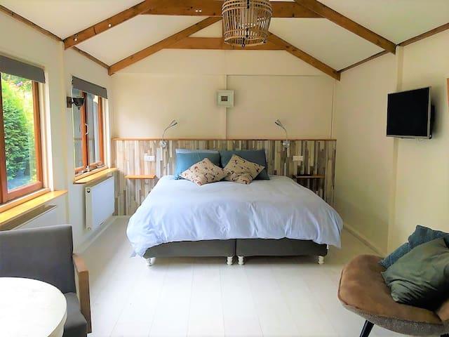 Heerlijk, breed bed!