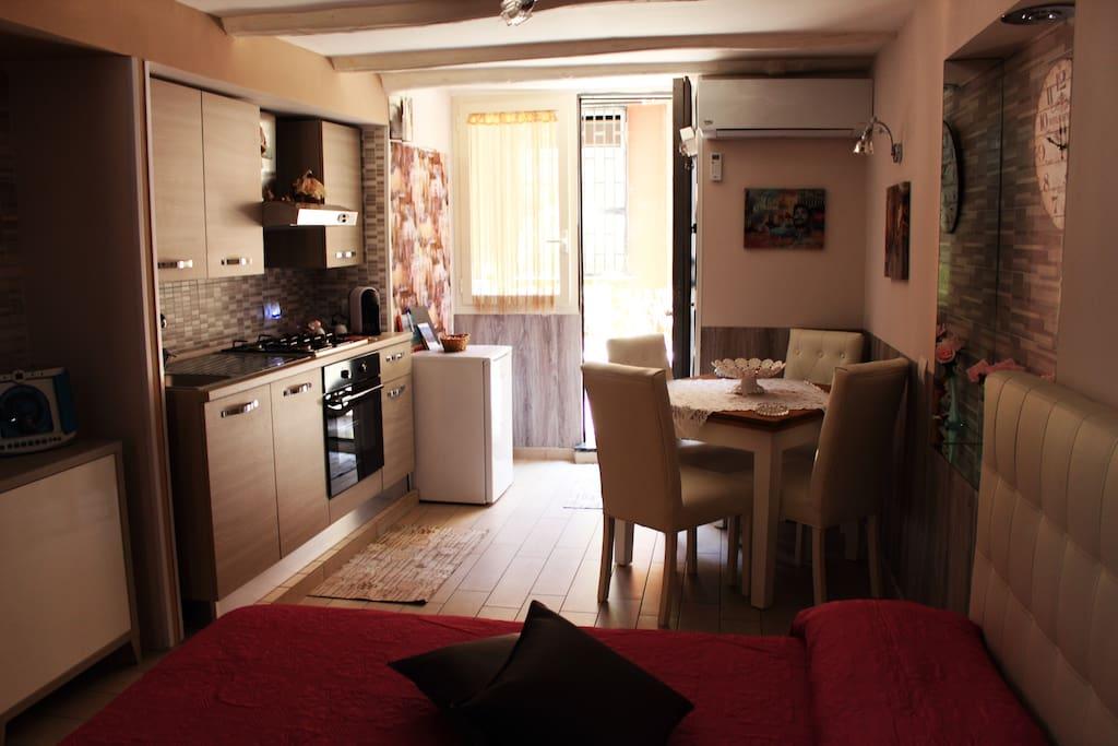 A casa di anto 39 appartamenti in affitto a napoli for Appartamenti in affitto arredati napoli