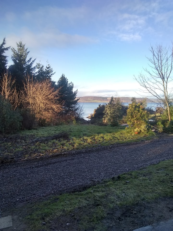 Cosy country cottage Sea views Culloden