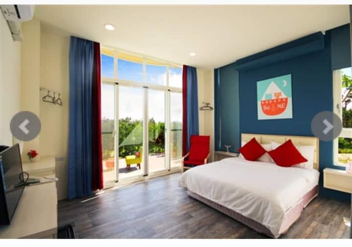 墾丁白沙灣-玹玹映月渡假旅店 2人房-獨立衛浴 、獨享大露台,全新開幕,優惠試賣