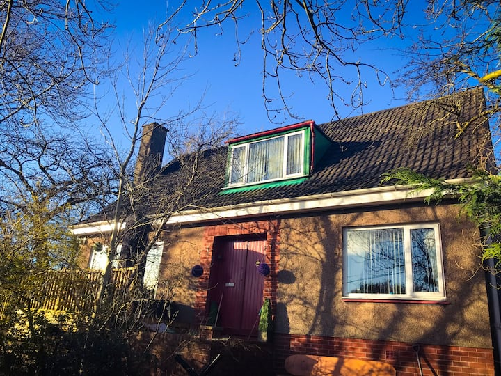 Country House 15 minutes from Glasgow City