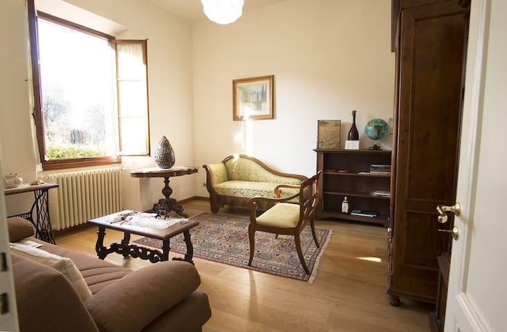 In the heart of Chianti Classico, close  Florence - Mercatale In Val di Pesa - Casa