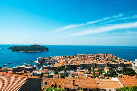 Charm of Dubrovnik 2-bedroom apartment