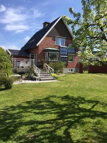 Family friendly house in Hjuvik - Göteborg