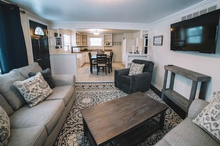 Cozy West DePere Home