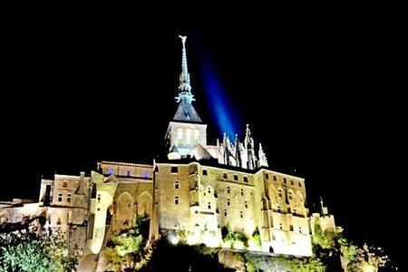 """Entre""""Mont Saint-Michel""""&Merveille Ecumedes jours"""