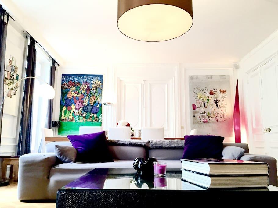 Bright 48m² living room