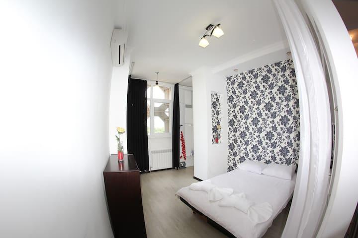 Almaty Home at Shakhristan 1 - Almaty - Apartment