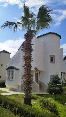Cosy Villa with Communal Pool - Evrenseki Belediyesi