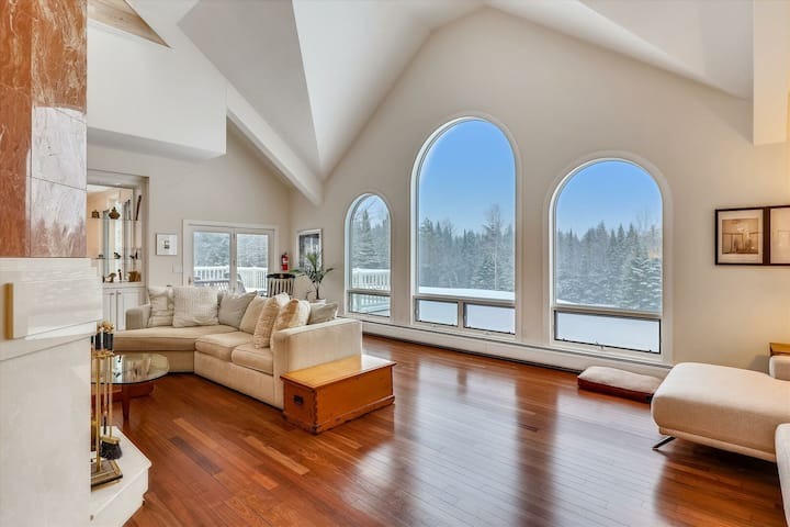 Large, private estate close to mountain recreation activities! Edson Hill Estate