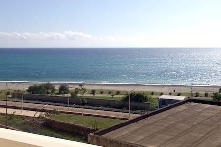 APPARTAMENTO PIENO CENTRO VistaMARE - Palizzi Marina - Apartment