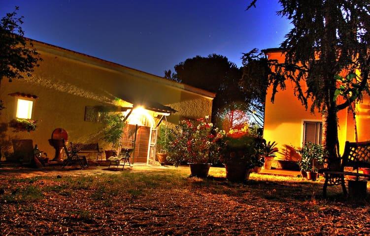 Romantic Tuscan Villa - Monsummano Terme - Casa de campo