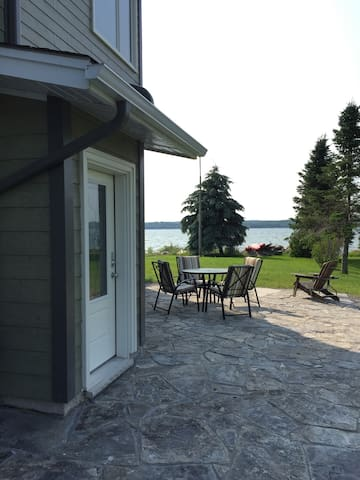 Waterfront 3 BR Apt on Georgian Bay - Owen Sound - Appartement